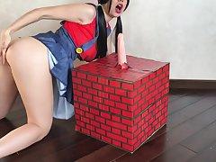 Super Mario Halloween Cosplay - Diminutive Diva