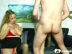 Blonde fuck up puff up teaches a hottie how to please