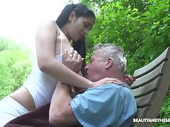 Scatological forest goddess Ava Black provides old cock just about a good BJ in 69