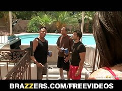 Brazzers - HOT horny teen is gangbanged wits her dad's friends