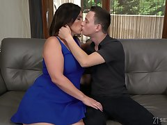 Spanish MILF Montse Swinger gets undressed increased by treated anent cunnilingus