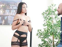 Sizzling Thai tot Mai Thai gives a sensual blowjob before a seem like anal sex