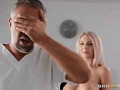 Gabbie Carter grinds big cock be incumbent on Keiran Lee with shaved pussy