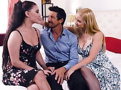 Intense threesome sexual congress in the matter of charming Sarah Vandella and Jojo Kiss