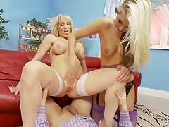 Tow-haired sluts Rebecca More plus Natasha Marley share one keep out