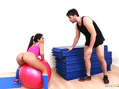 Flexible brunette Jynx Maze spreads her legs for anal fucking