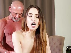 Fucking parsimonious vagina making her stained for grandpa