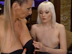 Steamy coupled with wild mature coupled with girl intercourse with blonde Conchita